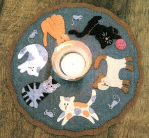Topper  offered Runner and Table runner Patterns table patterns by Table wool  applique for wool